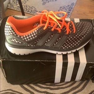 Addidas running sneaker